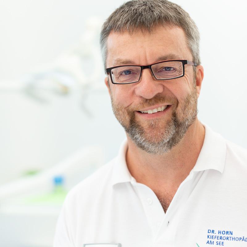 Dr. med. dent. Hansjörg Horn, Fachzahnarzt für Kieferchirurgie und Oralchirurgie